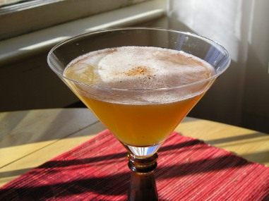 Tea rum cocktail